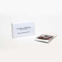 Швейный набор в картонной коробочке